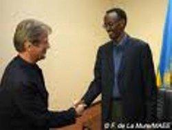 Kouchner- Kagame /photo diplomatie gov fr